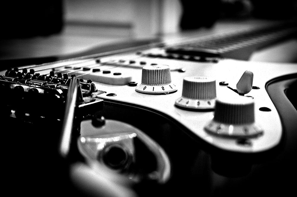Gitarre-Feder