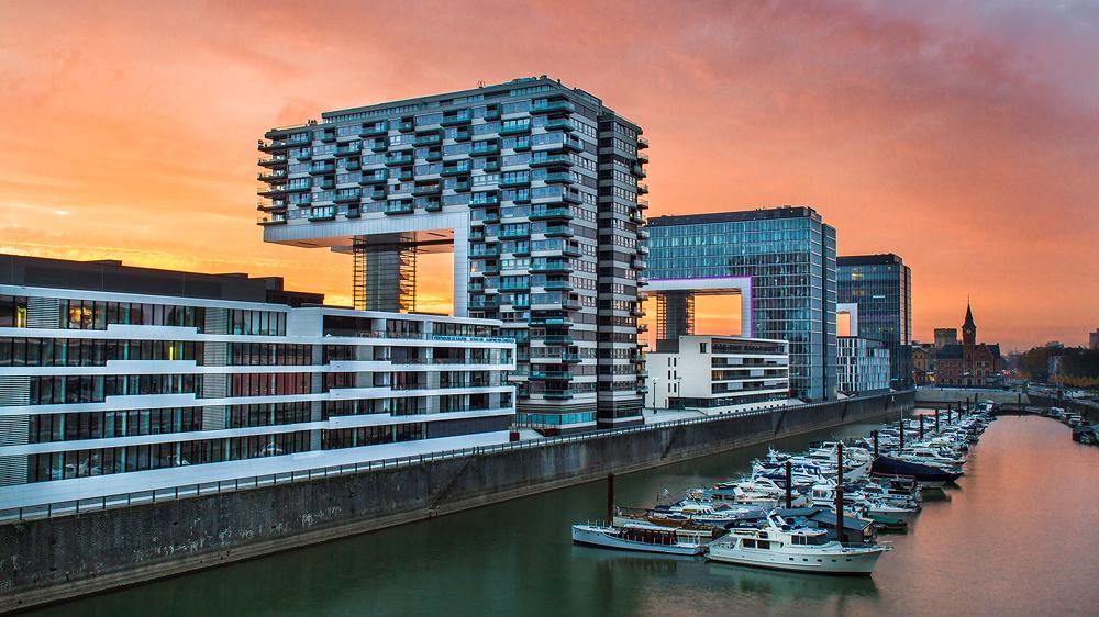 Kranhäuser Köln Rheinauhafen